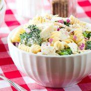 Pasta con Pollo y Brócoli