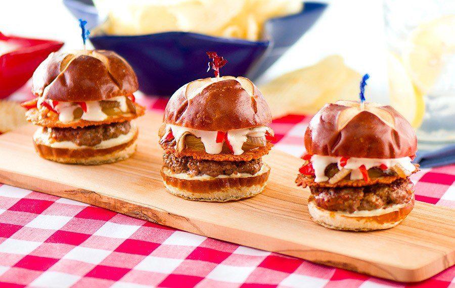Mini-Burgers with Chorizo
