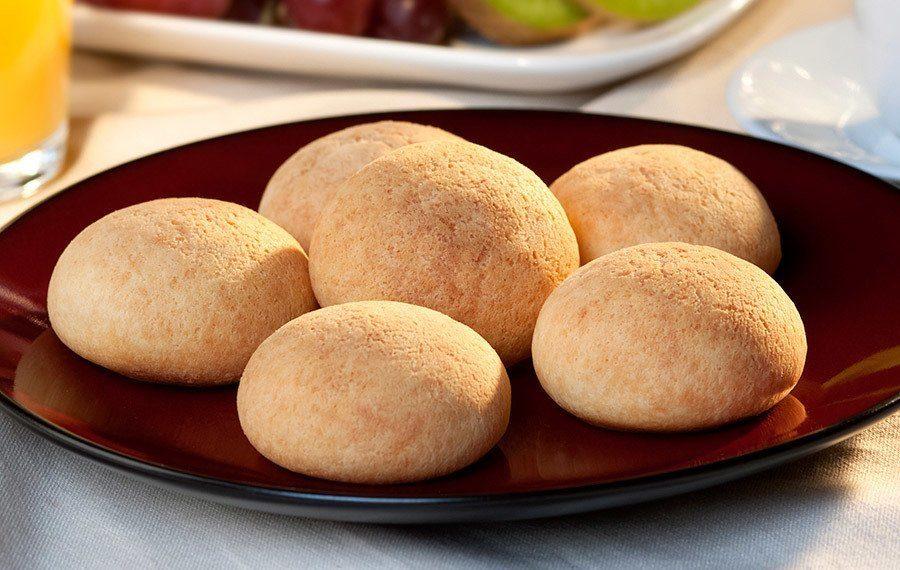 Pandebono (Pan Colombiano con Queso)