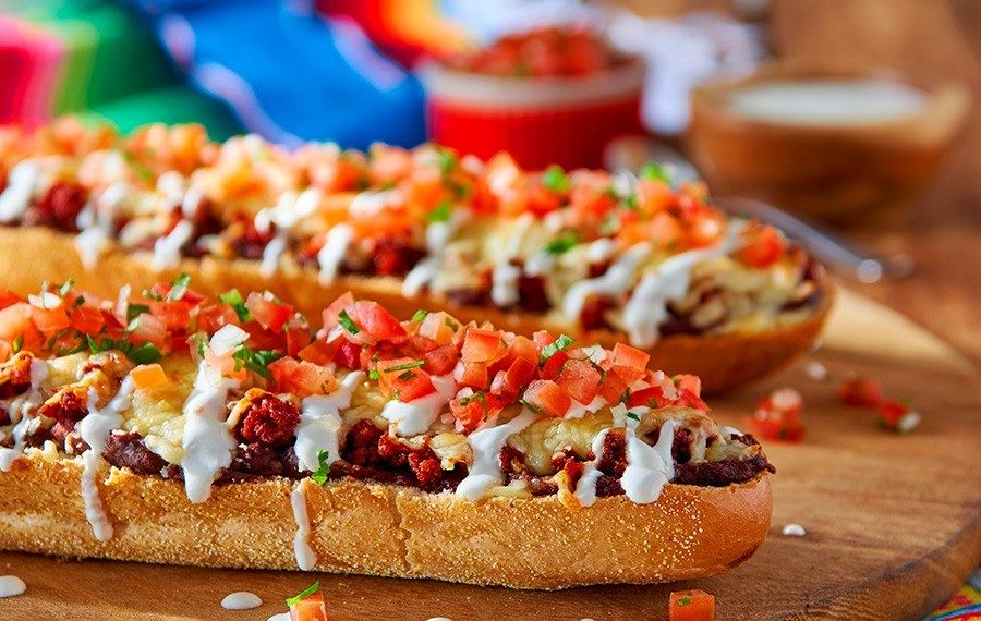 """Mexican Open-Faced Sandwiches (""""Molletes"""")"""